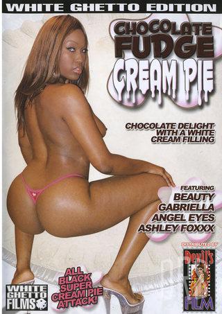 Large Photo of Chocolate Fudge Cream Pie 1
